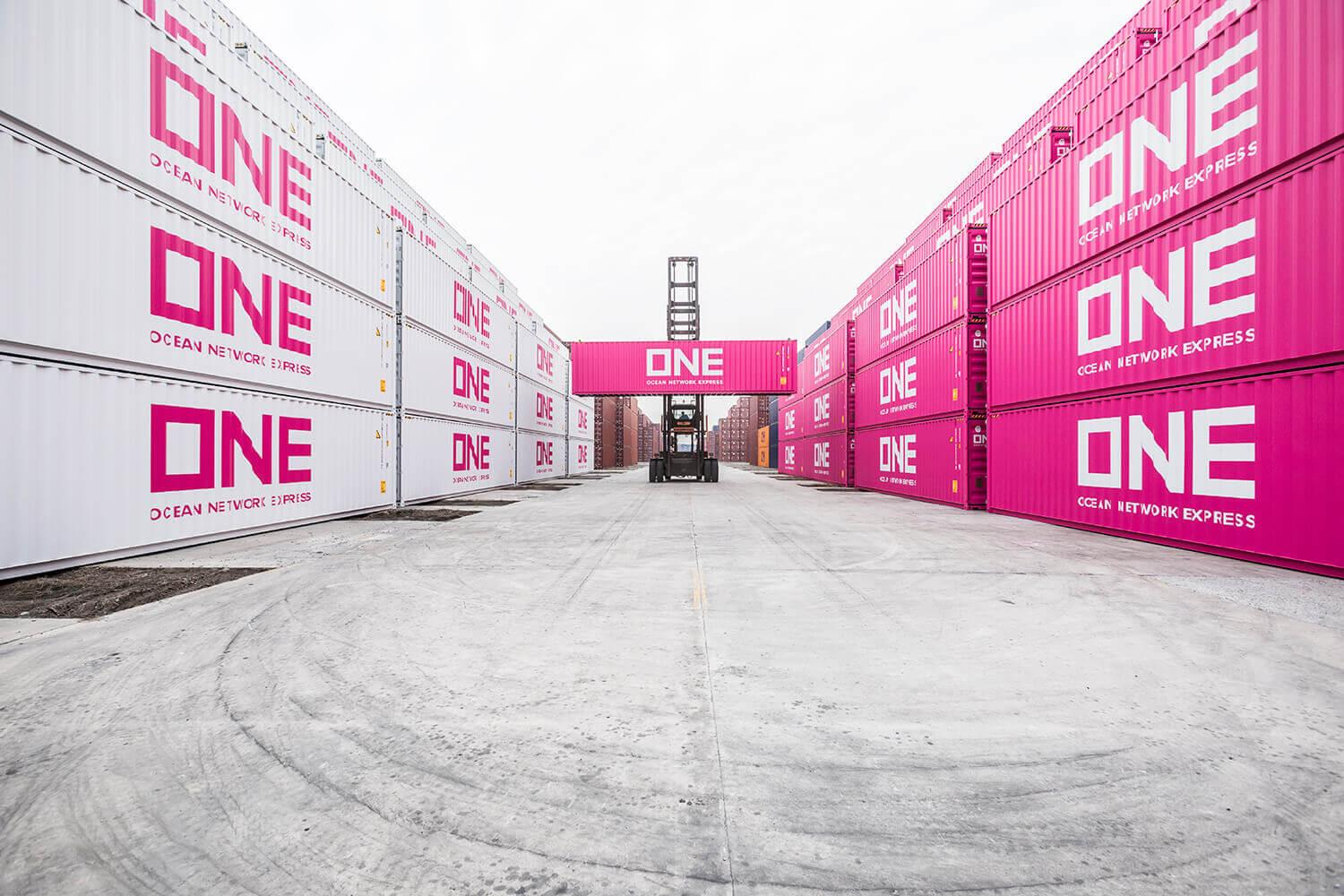 Magenta Containers